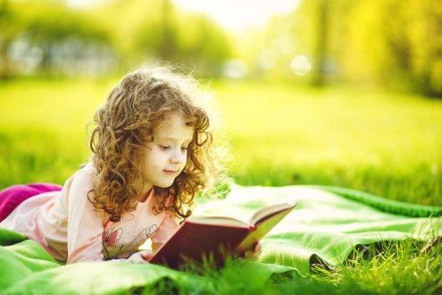 ویژگی انتخاب کتاب مناسب برای کودکان